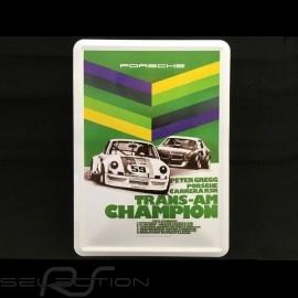 Postkarte Porsche aus Metall mit Umschlag Porsche 911 Carrera RSR Brumos Trans Am Champion