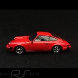 Porsche 911 coupé 2.7 1975 indischrot 1/43 Schuco 450891200