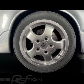 Porsche 911 Carrera RS 3.6 type 964 1994 Silbermetallic 1/8 Minichamps 800657002