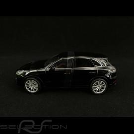 Porsche Cayenne Turbo 2018 schwarz 1/24 Welly 24092BK
