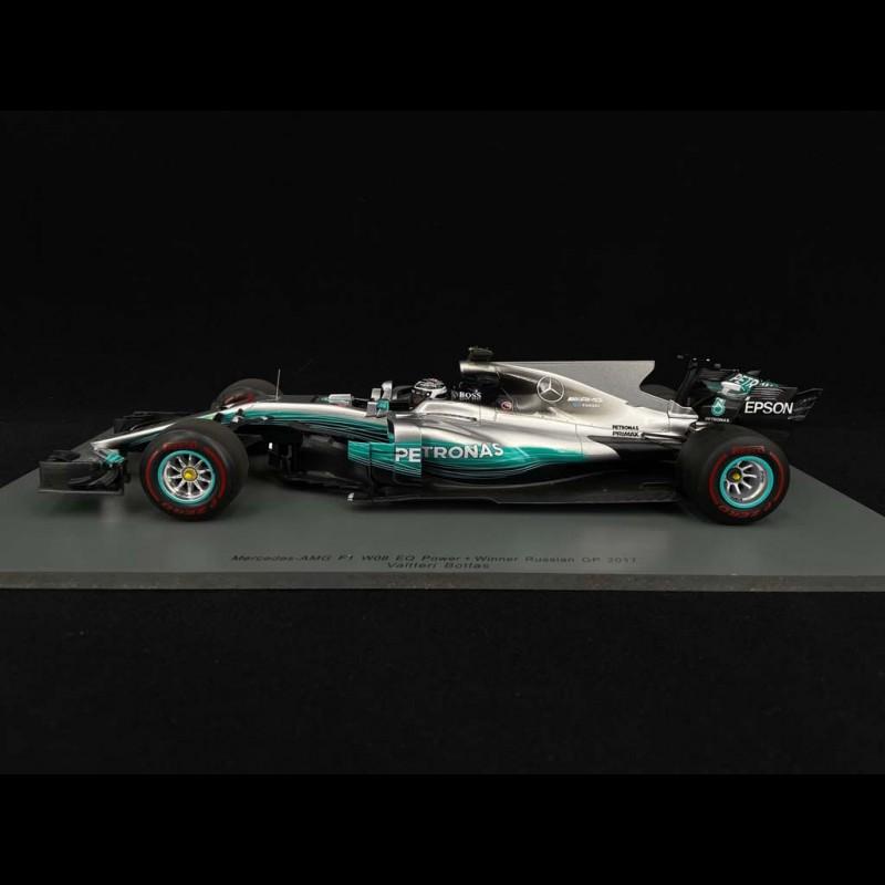 Mercedes Benz AMG Petronas F1 n° 77 Sieger GP Russland 2017 1/18 Spark 18S301
